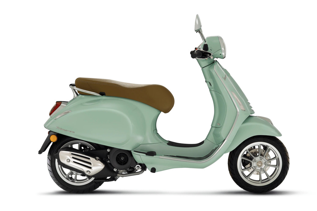 Vespa Primavera  verkrijgbaar in 5 kleuren 25KM uitvoering euro 5